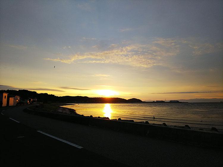 男鹿半島の朝日