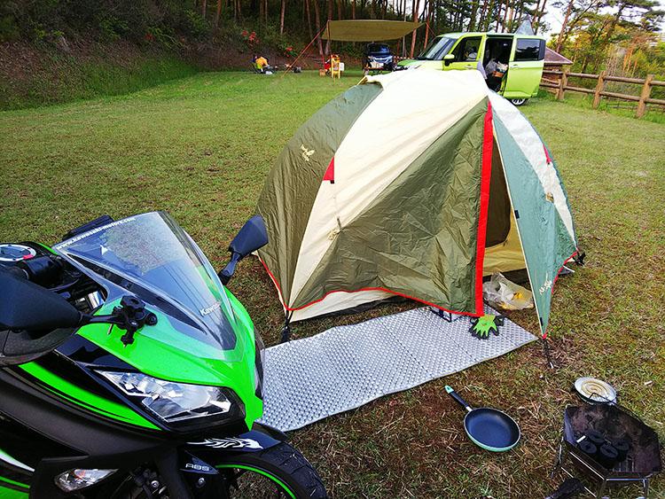 テントとninja250